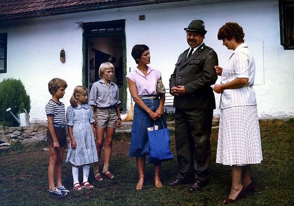 Laďka Kozderková - Piesočná potvorka 1982